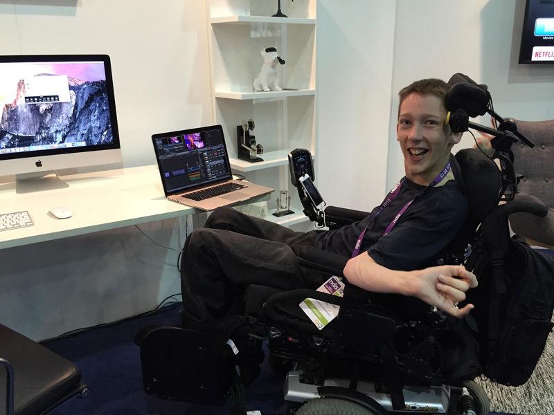 05.Teenage geek overcomes disability